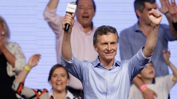 Mauricio Macri festeggia la vittoria nel 2015