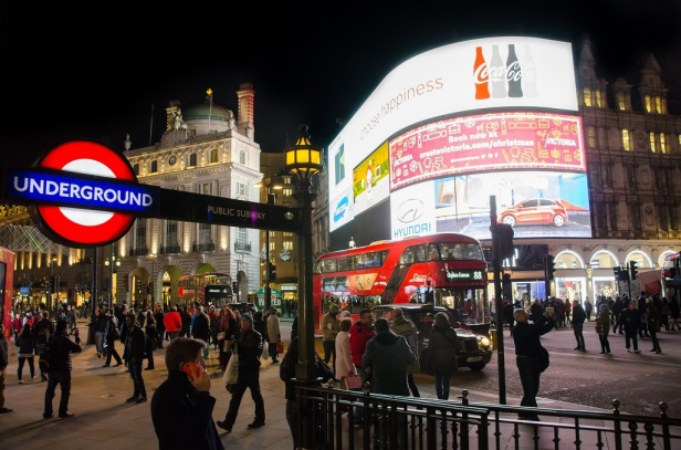 4. Piccadilly Circus